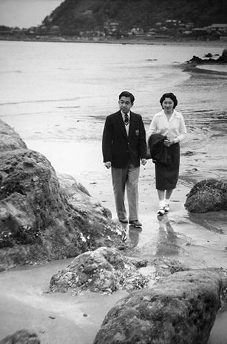 Фото №12 - Королевский отпуск: любимые места отдыха монарших особ разных лет