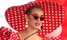 Кэти Пэрри шокировала сумасшедшим «голым» нарядом