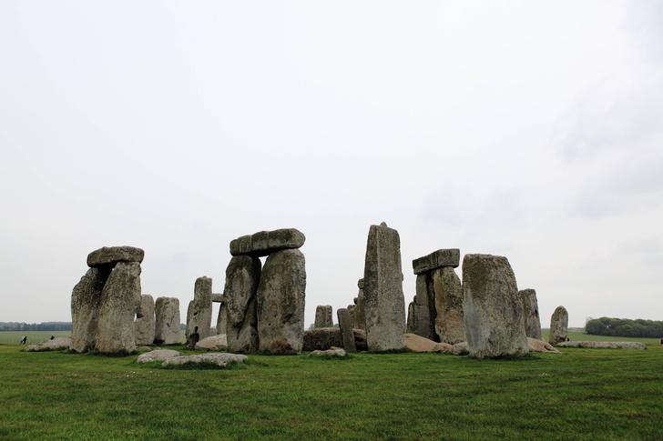 Фото №1 - В камнях Стоунхенджа обнаружены частицы возрастом более миллиарда лет
