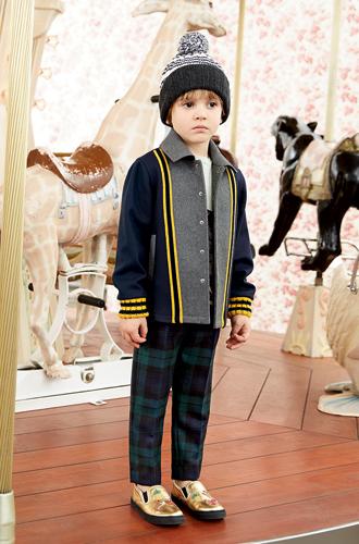 Фото №28 - Золотая карусель: лукбук осенне-зимней детской коллекции Gucci 2016/17