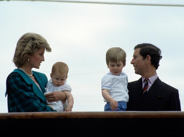 Фото №8 - Как важно быть серьезным: принцесса Диана и ее аллергия на чувство юмора принца Чарльза