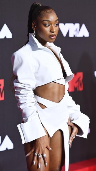 Фото №21 - Премия MTV VMA 2021: лучшие, худшие и самые яркие образы церемонии