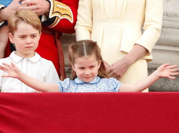 Фото №2 - Как принцесса Шарлотта стала «секретным оружием» королевской семьи