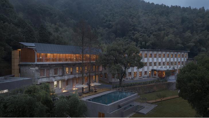 Фото №1 - Отель в здании школы в Китае