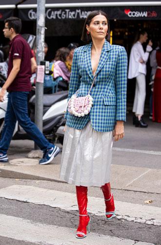 Фото №4 - С чем носить миди-юбки: 6 сочетаний, которые нужно попробовать