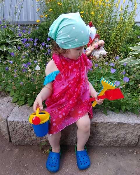 Фото №18 - Дачные радости для малыша: голосуем за самое яркое детское фото