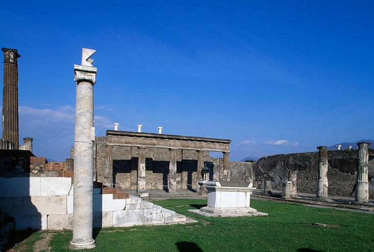 Фото №1 - Находки из Помпеев превратят в современные арт-объекты