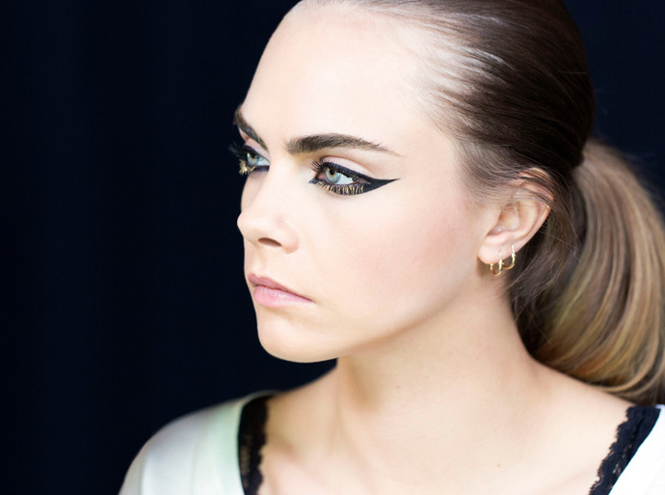 Фото №10 - Больше цвета от YSL: beauty-руководство по карандашам для глаз