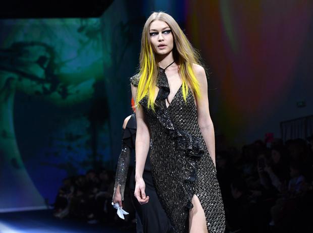 Фото №1 - Fashion director notes: сильный ход Versace