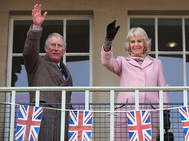 Фото №10 - Герцогиня Камилла выстраивает доверительные отношения с Меган Маркл. Зачем?