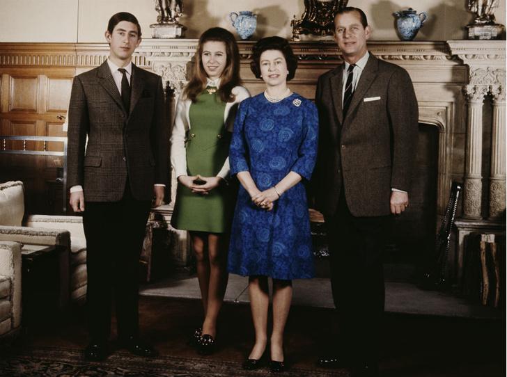 Фото №2 - Брат против сестры: ссора, разделившая принца Чарльза и принцессу Анну