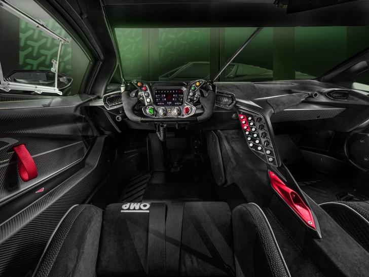 Фото №3 - Lamborghini представила гиперкар, который можно купить, но нельзя забрать домой