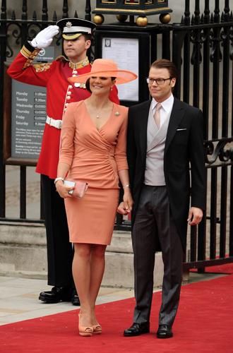 Фото №14 - Свадебный королевский этикет: что можно и чего нельзя делать на бракосочетании Гарри и Меган