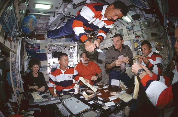 Фото №1 - Как невесомость влияет на здоровье космонавтов