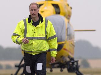 Фото №2 - Принц Уильям и герцогиня Кэтрин запретили полеты над своим домом