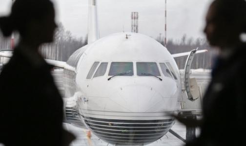 Фото №1 - Минздрав: Возвращать курилки в аэропорты — преступление перед россиянами