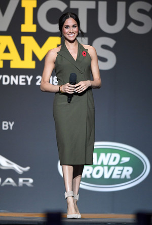 Фото №155 - Все наряды первого зарубежного тура Меган Маркл в Австралию и Новую Зеландию