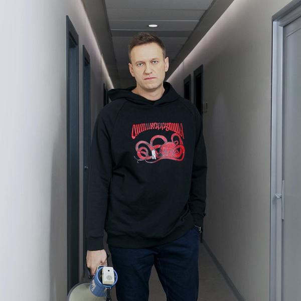 Фото №1 - «Окружение Навального разыграло информационную вакханалию»: известный московский врач встал на защиту омских коллег, лечивших оппозиционера