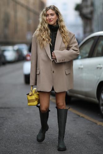 Фото №5 - Отсутствие цвета и одежда «на будущее»: 7 плохих привычек, которые портят ваш стиль