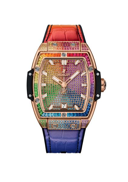 Фото №1 - Куда приводят мечты: Hublot украсил «радужные» часы драгоценными камнями