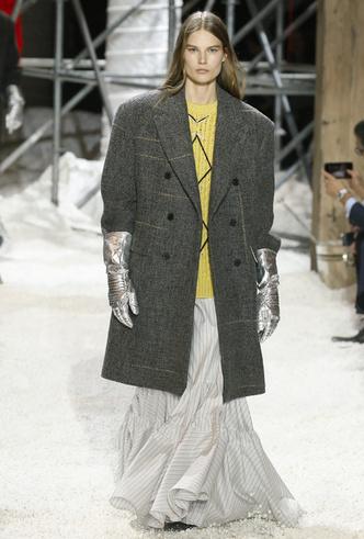 Фото №51 - Тепло рук: самые модные перчатки и варежки этой зимы