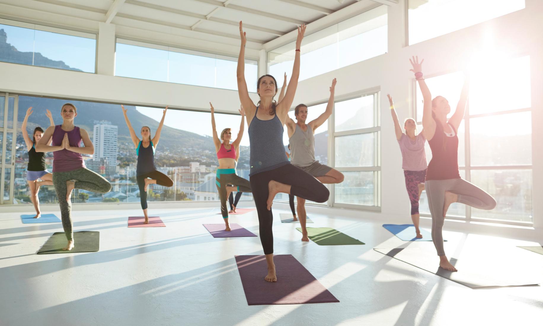 5 неожиданных причин, почему йога улучшает кожу лица