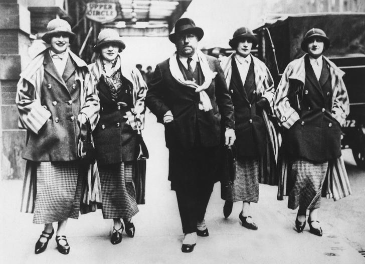 Фото №7 - Король стиля: как Поль Пуаре придумал «хромые юбки», освободил женщин от корсетов и заново изобрел моду