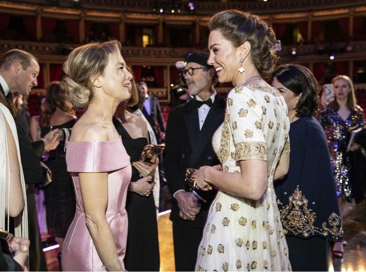 Фото №2 - Что больше всего нравится герцогине Кейт в королевской жизни