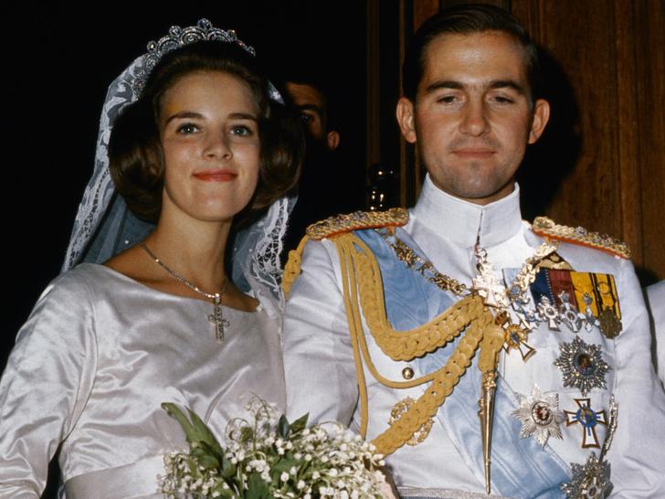 Фото №2 - Это провал: самые неудачные прически и стрижки королевских особ