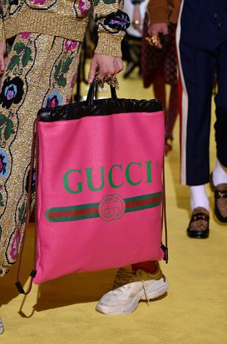 Фото №17 - С рынка на подиум: невероятные похождения сумки-тоут