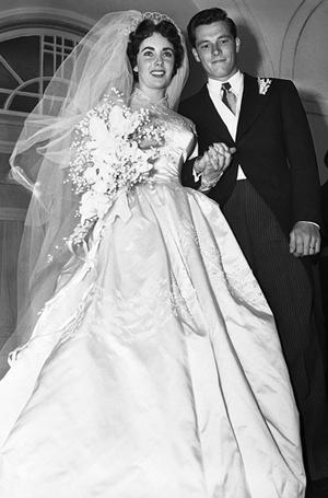Фото №5 - Свадебный букет: история, традиции и приметы