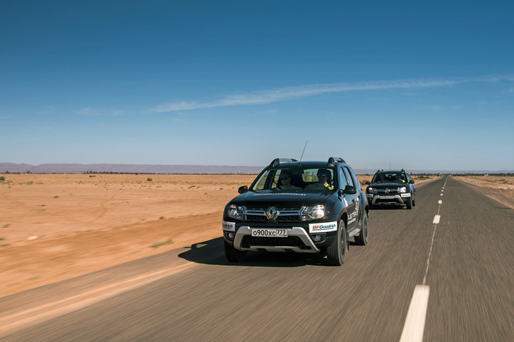 Фото №2 - Renault Duster: до Сахары подбросишь?