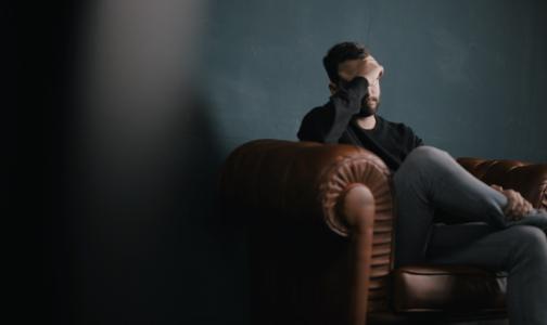Фото №1 - Психотерапевт НМИЦ им. Бехтерева: Петербуржцы считают потери от пандемии и впадают в депрессию