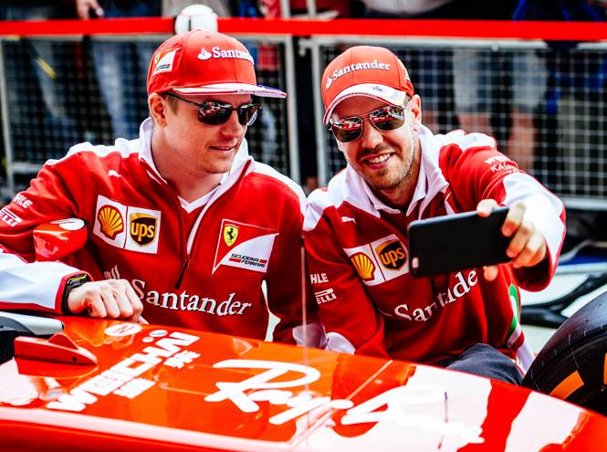 Фото №2 - На Формулу-1 в очках Ray Ban: бренд объявил о сотрудничестве с Ferrari