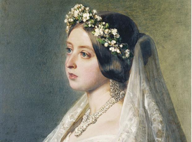 Фото №1 - По стопам Виктории: самая красивая традиция королевских невест прошлого