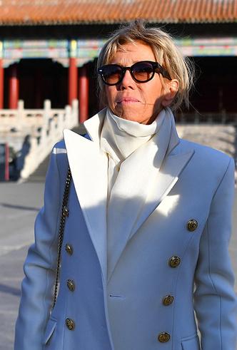 Фото №11 - Лучше, чем Мелания: 5 идеальных нарядов Брижит Макрон в Китае
