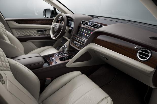 Фото №3 - «Повернись ко мне задом!»— обновленная Bentley Bentayga стала заметно симпатичнее