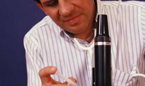 Фото №1 - Вакцину против гепатита С успешно испытали на людях