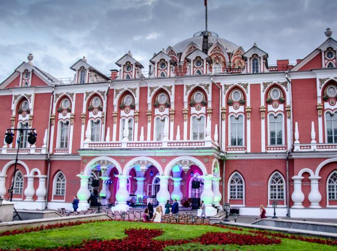 Фото №2 - «Опера во дворце»: солисты Большого Театра выступят под открытым небом