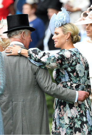 Фото №2 - Как Зара Тиндолл стала для принца Чарльза дочерью, о которой он всегда мечтал