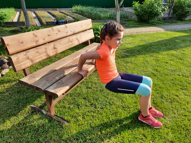 Фото №10 - Зарядка для малышей: 5 упражнений, которые нужно делать каждый день