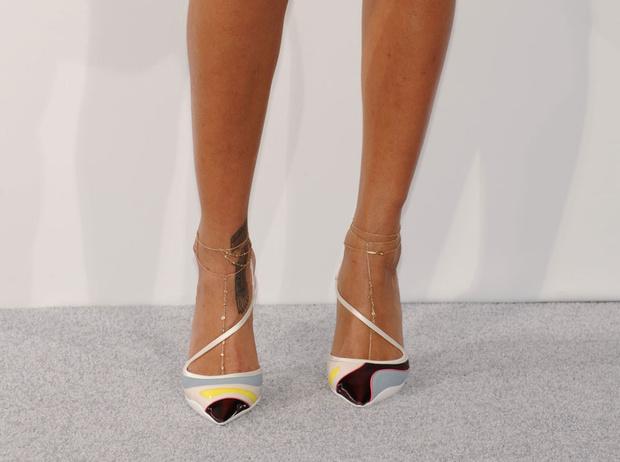 Фото №3 - Браслет на ногу: зачем и как его носить