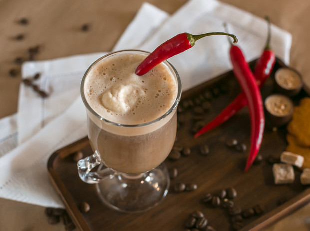 Фото №1 - Кофе для гурманов: три рецепта для романтического вечера