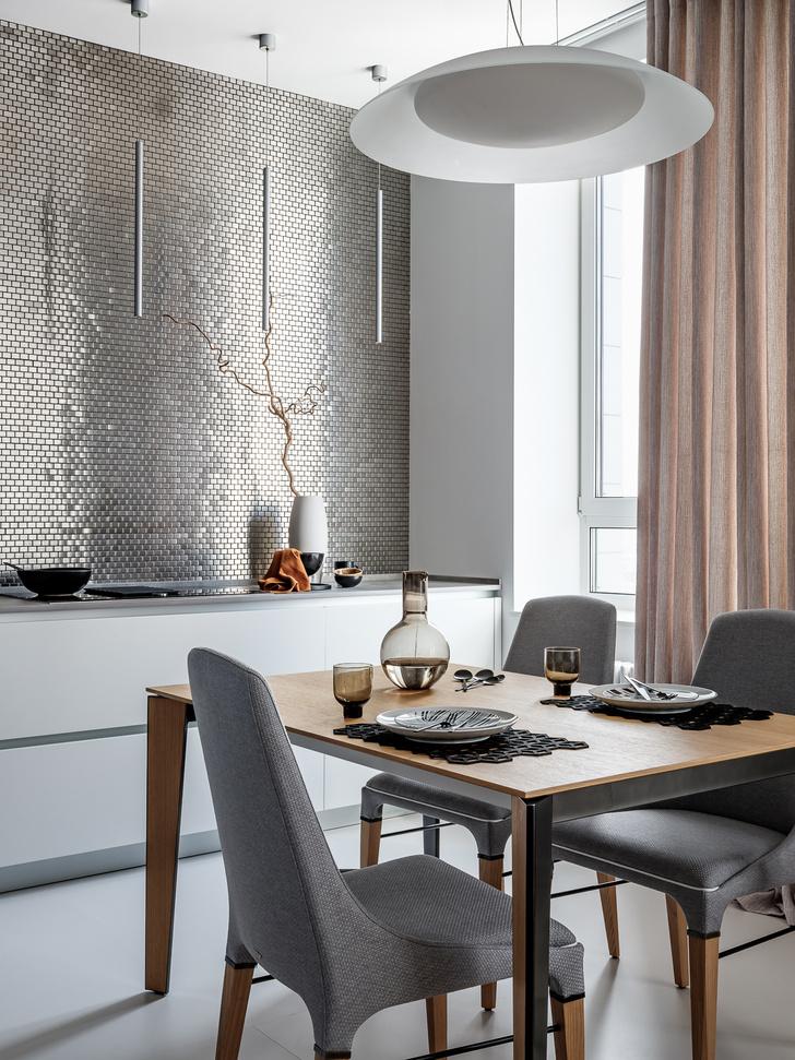 Фото №5 - Квартира 78 м² со стальной мозаикой на кухне