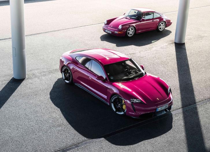 Фото №3 - Обновленный Porsche Taycan ударился в ретро