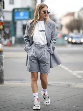 Фото №3 - Не только летом: как носить шорты в холодное время года