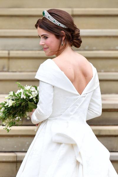 Фото №1 - Чем заменить фатy: 7 трендов свадебной моды