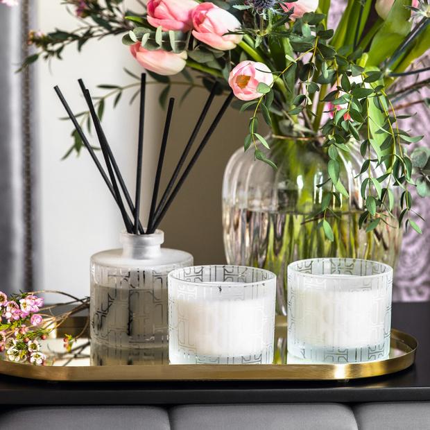 Фото №2 - Лучшие летние ароматы для дома