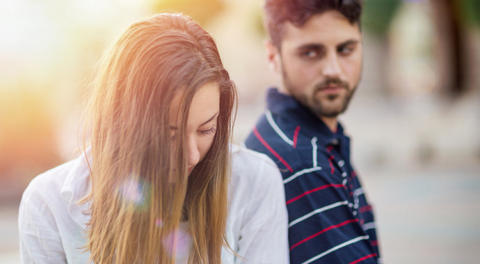 На грани разрыва: 9 признаков, что партнер стал чужим