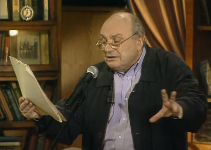 Фото №1 - «Турникеты»— пророческая юмористическая миниатюра Михаила Жванецкого 1982 года (видео)